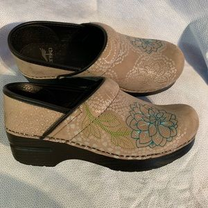 Dansko Women's Embroidered Professional Clog